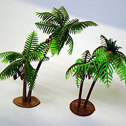 Left Large Palm and Right Medium